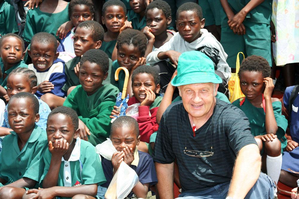 9j SLOVENSKI MISIJONARJI V AFRIKI