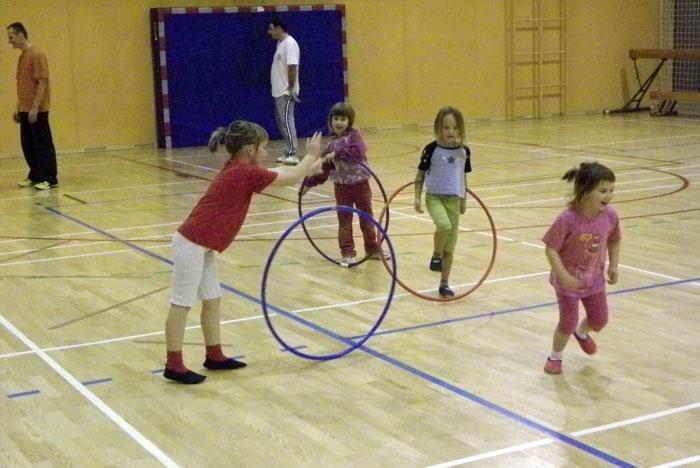 """PROJEKT """"Športno druženje staršev in otrok OŠ Rodica"""""""