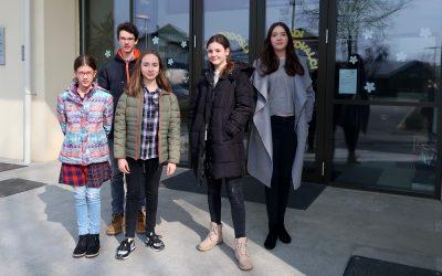 Na regijskem srečanju mladih raziskovalcev 2018 v Vodicah